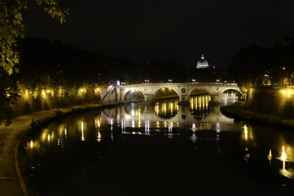 pont-nuit-rome